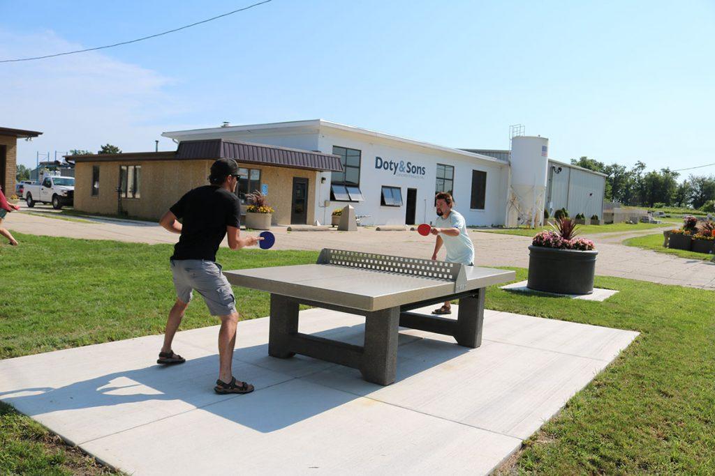 Outdoor concrete table tennis